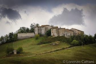 """Torre del Boriano, a 2 km dal Borgo San Vitale Baganza, è una maestosa """"casa-forte"""" su tre piani, probabilmente usata come avamposto dai Pallavicino."""