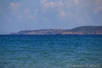 Torre dei Corsari vista dalla spiaggia di Piscinas