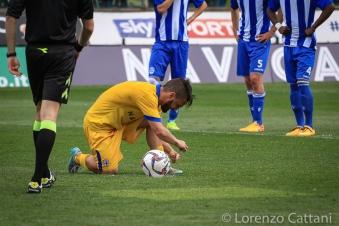 17/4/2016 - Parma - Delta Rovigo 2-1. Corapi si appresta a battere il rigore della promozione.