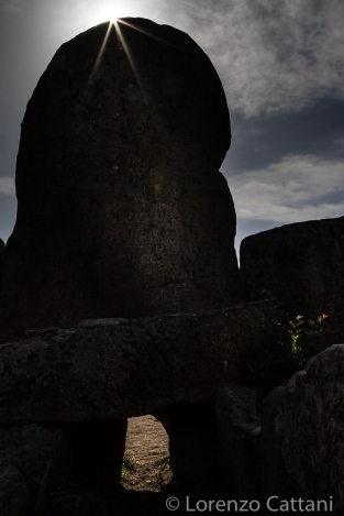 Tomba dei Giganti di S'Ena e Thomes