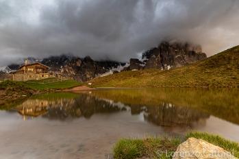 le Pale di San Martino sono nascoste tra le nuvole